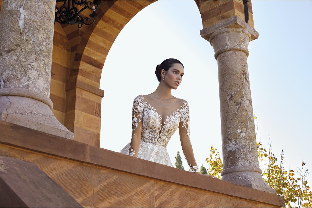 Robes de mariées et costumes de mariés |